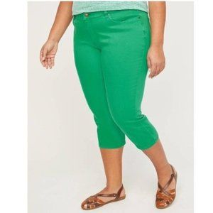 Catherines Universal Jean Green Capri Pants 32W